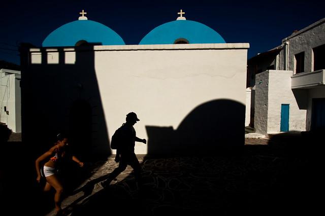 Blue Light - Minimalism in Street Photography