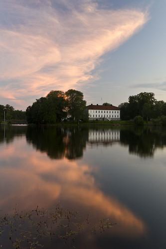 water reflections sweden sverige mansion gård östergötland kindakanal herrgård sigma1020mmf456exdchsm brokind canoneos7d