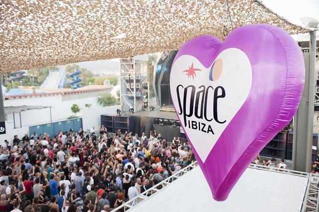 Space Ibiza Closing Fiesta, October 2011