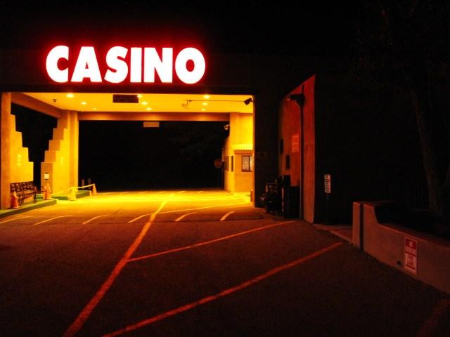 Gambling taos