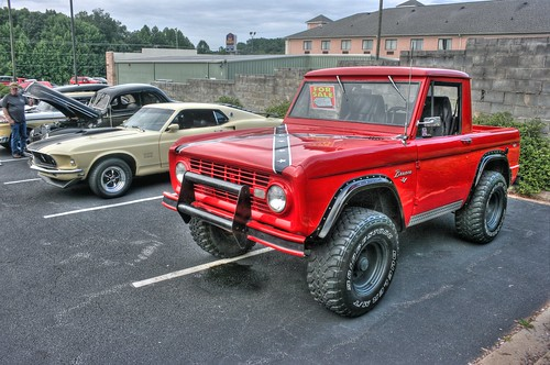 1966 Bronco Halfcab (General Lee?) by cgancos