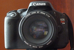 canonT3i-with-Canon-50mm-f14-lens