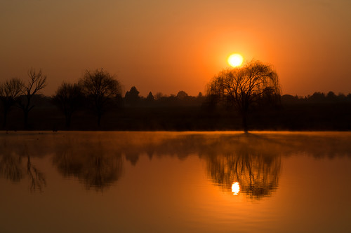 winter mist cold reflection water fog sunrise blurred highquality