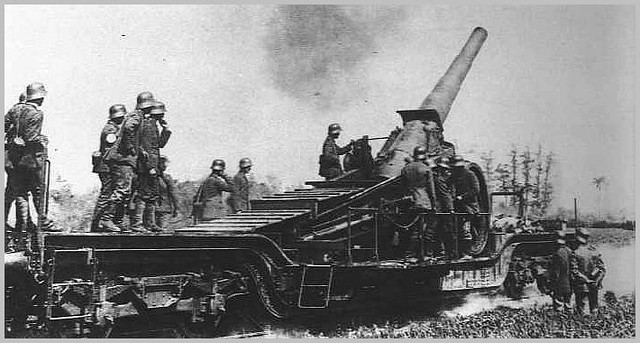 German WW1 Guns http://www.flickr.com/photos/alimarante/5968628219/
