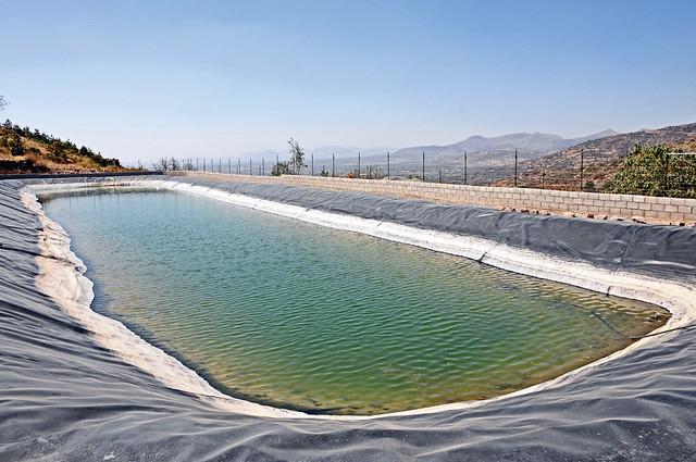 Coca cola colabora en la construcci n de ollas de for Construccion de piletas de agua