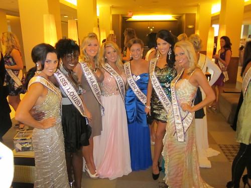2011-07-28 Miss Teen International Preliminary arrivals