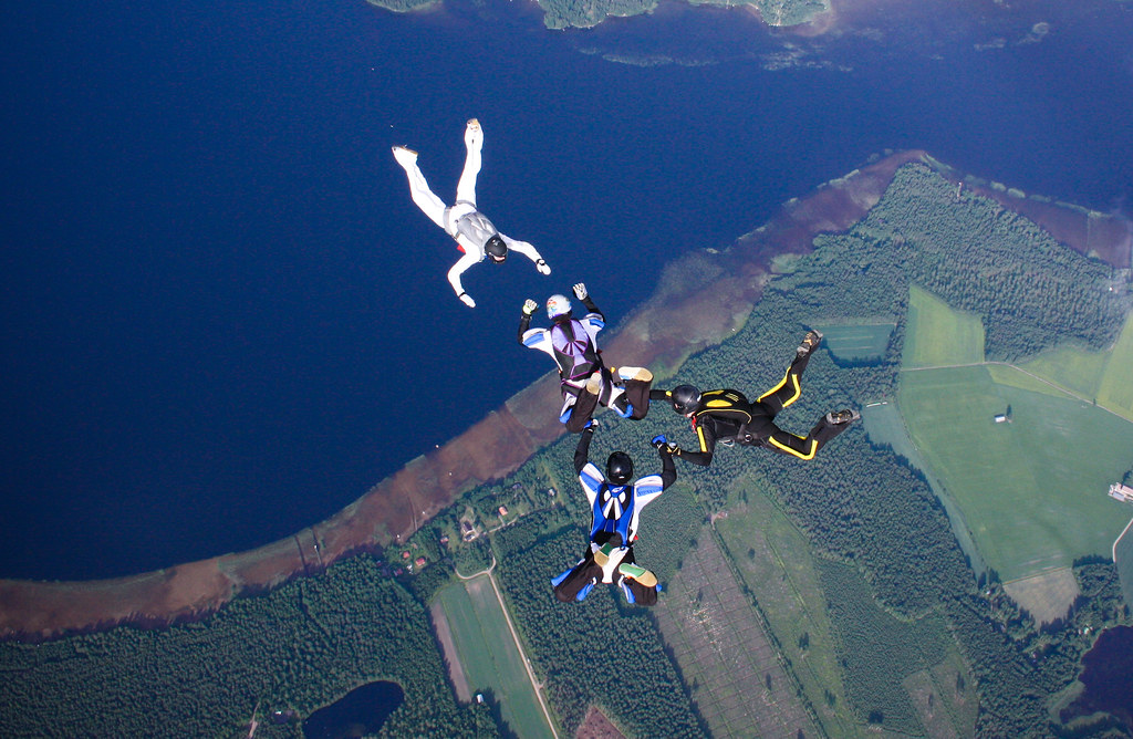 Learn to skydive flickr image by Wales_Gibbons