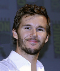 Ryan Kwanten 0767 web
