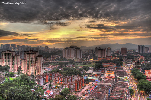 camera sunset sky clouds canon eos hotel colorful view malaysia 7d kualalumpur kl 90 18200 ipoh hdr dynasty غروب مصطفي 2011 ابر آسمان moustapha کوالالامپور رنگارنگ مالزي