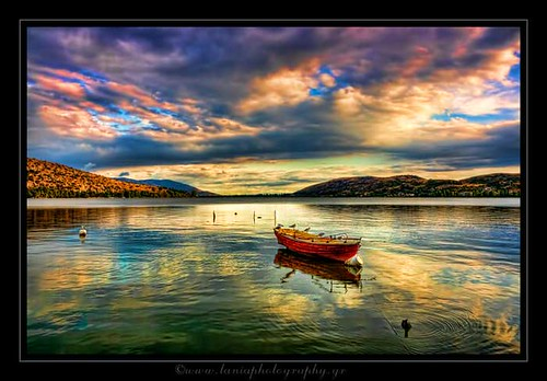 blue red sky mountain lake color colors canon landscape photography photo flickr raw cityscape greece tamron hdr photographyart artphotography kastoria landscapephotography excelente 400d canon400d kardpostal taniaphotography tamron18250f35 taniakoleska ktania