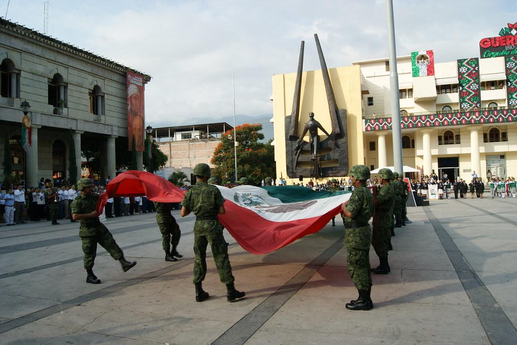 Arriamiento de la bandera