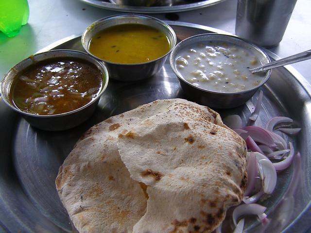 Thali套餐,印度煎饼