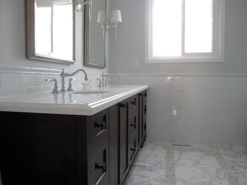 Real Homes Pale Gray Bathroom Marble White Subway