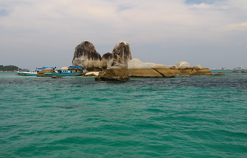 Batu Berlayar Island