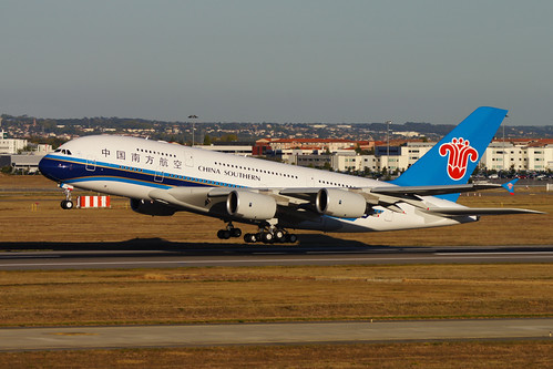China Southern's first A380 leaves for Beijing