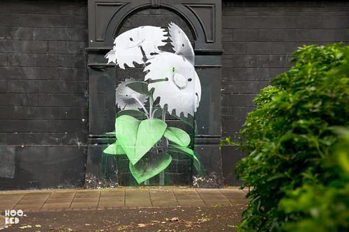 ludo hits the streets of london hookedblog uk street art news. Black Bedroom Furniture Sets. Home Design Ideas