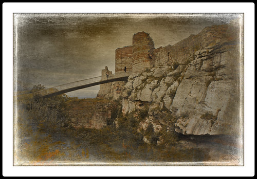 bridge england castle english heritage history texture landscape scenery cheshire rustic scenic medieval views vista beeston textured crusades stevegregory 180550mm borderfx mygearandme ringexcellence applecrypt wwwflickrcomphotosapplecrypt