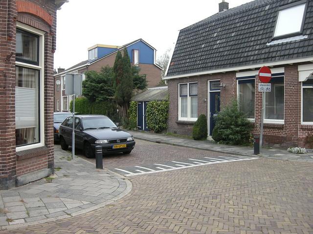 Junction of Oosterhaufstraat and Eschstraat, Assen