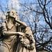 Statue dans le cimetière