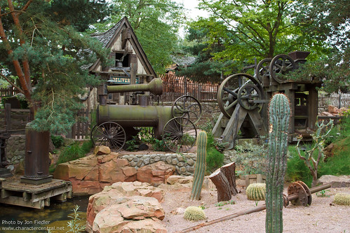 DLP Aug 2011 - Wandering through Frontierland