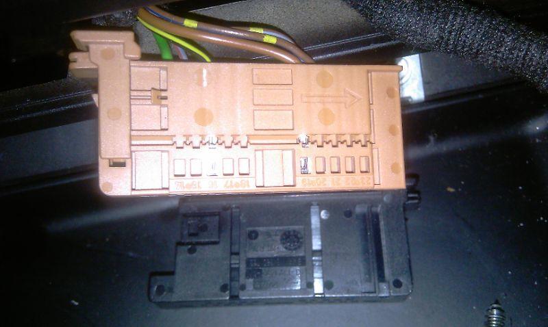 6174111324_6bfdf618e2_b diy retrofit rear electric blind