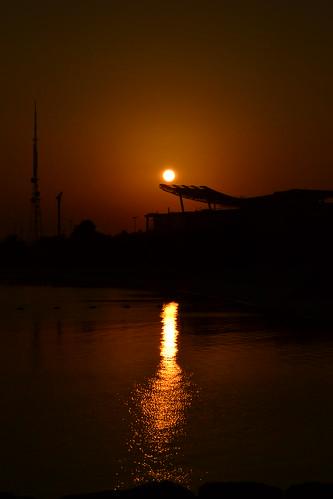 sun sunrise abudhabi