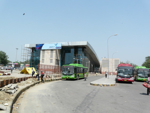 New Delhi Railway Station http://www.flickr.com/photos/varunshiv/6184741489/
