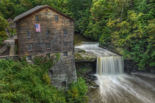longexposure ohio mill barn landscape waterfall nikon hdr millcreek youngstown photomatix neutraldensityfilter tonemapped lantermansmill ohiowaterfall nikond90 millcreekmetroparks lantermansfalls