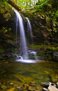 Grotto Falls in Great Smoky Mountain NP