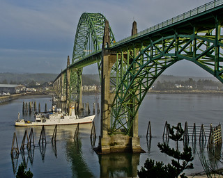 Yaquina Bay Bridge -- DSC2487