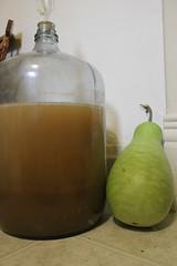 pear, distilled beverage, fruit, food, drink, juice,