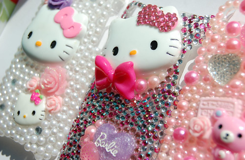 hello kitty cell phone covers