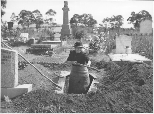 Josephine Smith digging a grave at the Drouin Cemetery, Victoria, [2]