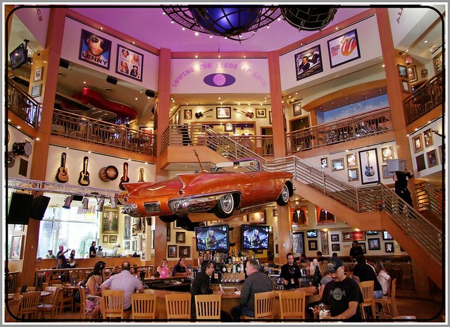 HARD ROCK CAFE CITYWALK (HOLLYWOOD)