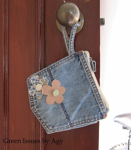 Back pocket wristlet