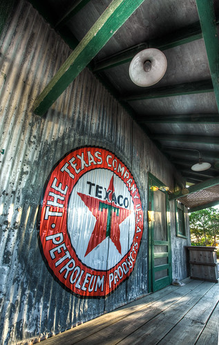 building sign architecture railway texaco hdr drippingsprings 290 feedstation