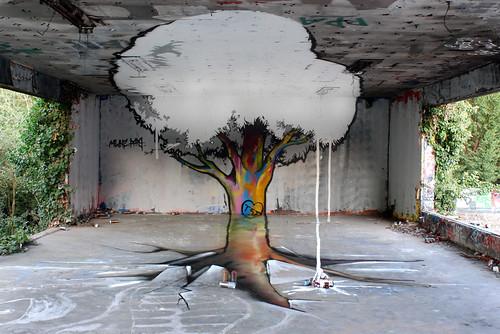Arbre en anamorphose par Papy et Milouz</p><p>La vidéo de la réalisation:</p><p>www.dailymotion.com/video/xlfb3u_arbre_creation