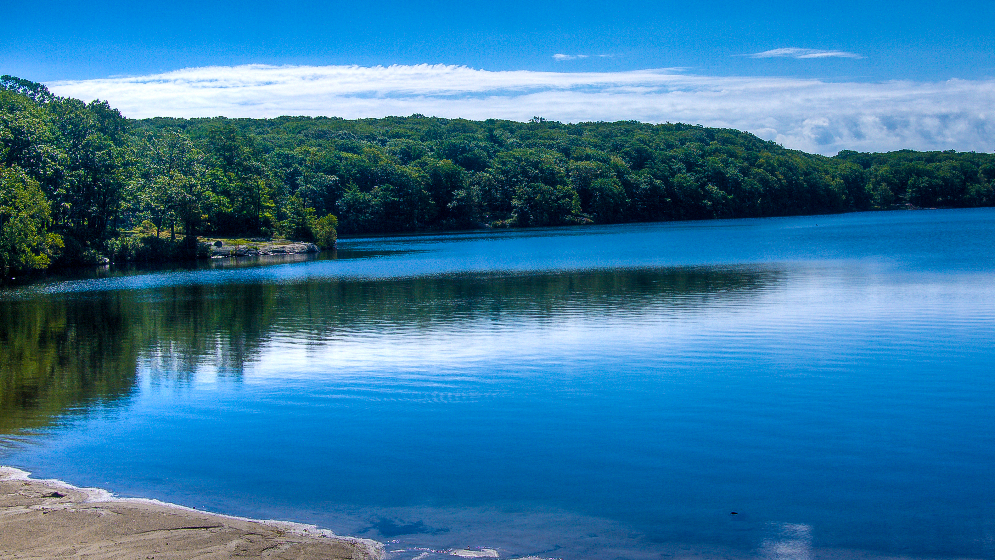 Lake tiorati one of the most pleasant locations in bear for Harriman state park fishing