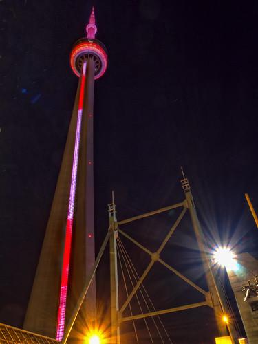 CN Tower bei Nacht