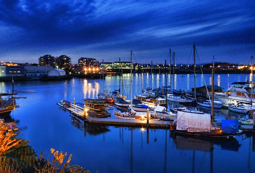 blue sea night river boats evening bay twilight harbour bluehour thegorge saariysqualitypictures zedzap coth5