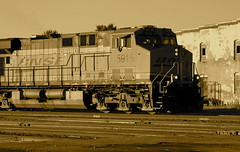 Westbound empty coal train passes through Wichita Falls TX