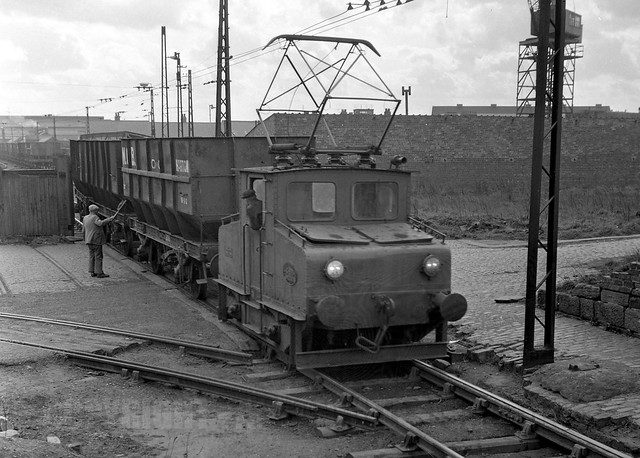 Harton Electric Railway  Newcastle  E10 Shunting 1960 U0026 39 S