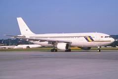 Untitled (Fly Air) Airbus A300B4-203; TC-FLA@ZRH, July 2003