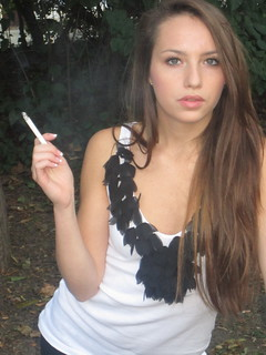 Smoking Jana 5