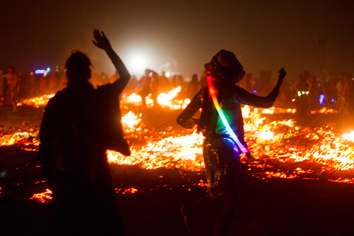 921BurningMan2011_MikeHedge_0364_7D