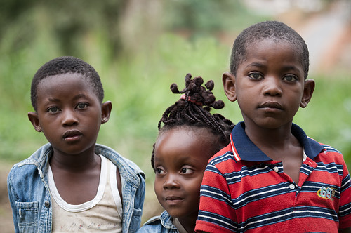 africa children niños miradas guineaecuatorial montealen
