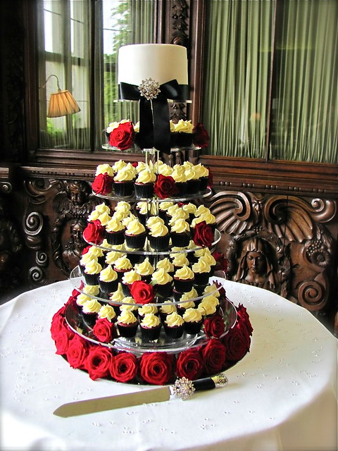 Black White Wedding Cupcake Tower Dressed with Red Roses