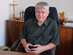 Mons. Václav Malý: Pěší putování člověka učí