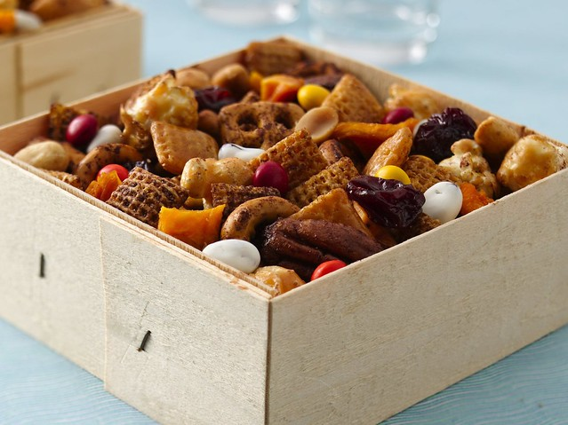 Reindeer Food Recipe from America - Celtnet - Resources for the