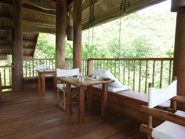 "2nd floor ""Dining by the pool"" - Six Senses Ninh Van Bay"